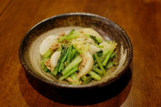 白菜漬け キャベツの塩昆布和え 納豆汁 蕪とツナのしょうが蒸し焼き