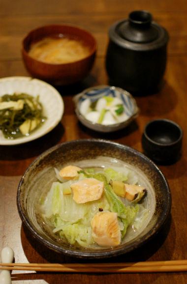 塩鮭と白菜の蒸し煮、ゆずかぶらで晩酌