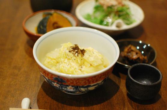 揚げと白菜の卵とじ