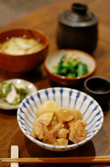 里芋と鶏もも肉のしょうが煮献立