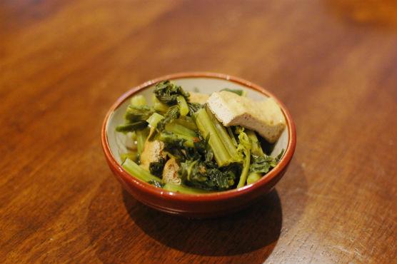 大根葉と油揚げの炒め煮