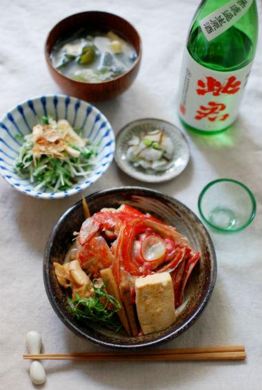 金目鯛のかぶと煮、水菜ときのこの和えもの献立。