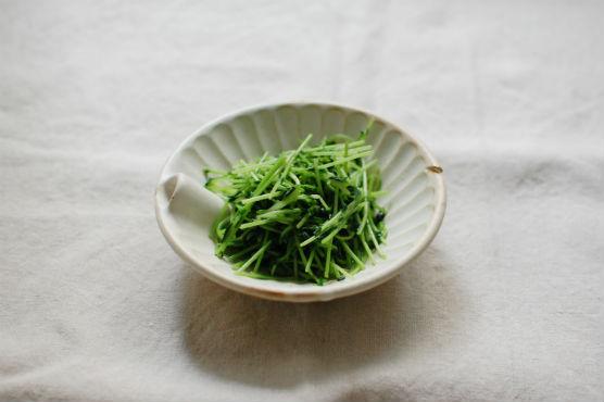 豆苗の塩炒め