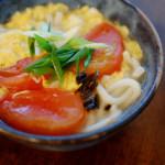 抜歯で休肝日ご飯 トマト卵とじうどん。