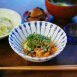 漬けもの納豆、白菜の煮浸し献立。