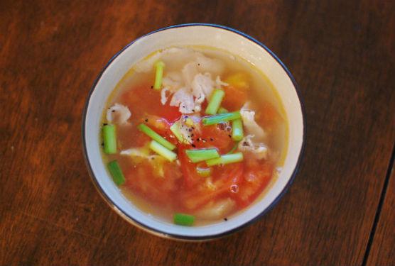 トマトと豚肉のしょうがスープ