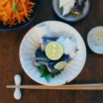 秋刀魚のしょうが蒸し、にんじん塩炒めで晩酌。