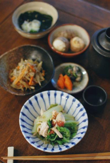 白菜と蒸し鶏の梅和え、きぬかつぎ