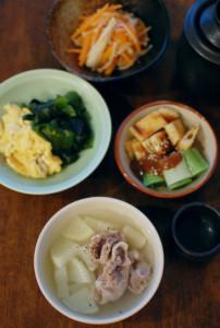 塩豚と大根のスープ、わかめと卵の炒めもの献立