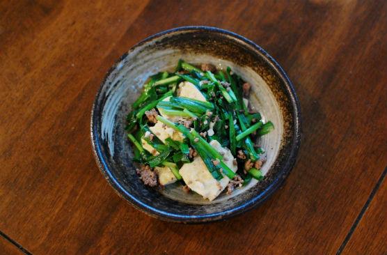 豆腐とニラの塩炒め