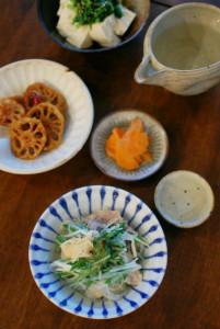 豚肉と水菜のはりはり煮、れんこんの黒酢炒めで家飲み