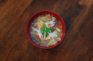 豚肉と野菜のごま味噌汁