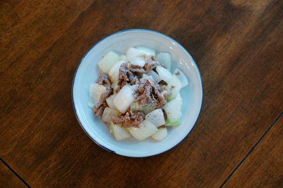 牛肉と玉ねぎのしょうゆ炒め