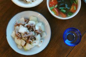 玉ねぎと牛肉のしょうゆ炒め献立