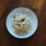 新ごぼうとベーコンの炒めもの、トマトと卵のスープで金魚。