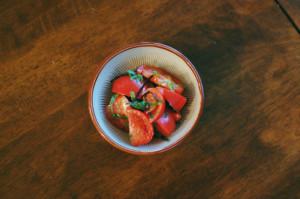 トマトの塩昆布和え