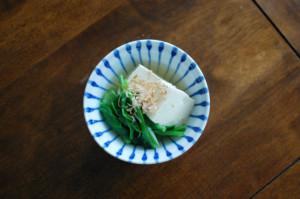 つるむらさきと豆腐の煮びたし