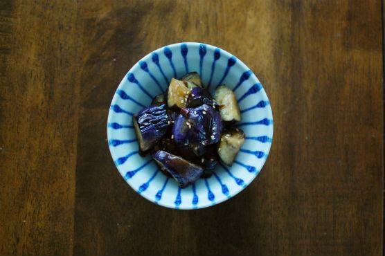 しめじと大根の味噌汁 ぬか漬け しらたき明太 なすのにんにく炒め