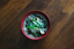 大根とわかめの味噌汁