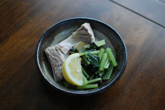 ぶりと小松菜のしょうが蒸し