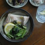 ぶりと小松菜のしょうが蒸し、蒸しなすサラダ献立。
