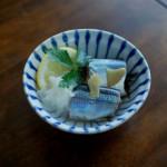 秋刀魚のしょうが蒸し、キャベツと蒸し鶏の梅わさび和え献立。
