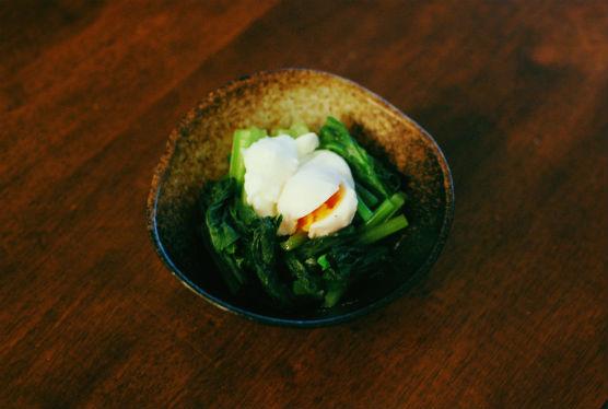 小松菜のナンプラー卵ソース