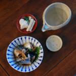 秋刀魚のしょうが煮、にんじんの白和え献立。