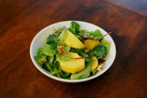 柿とくるみのサラダ