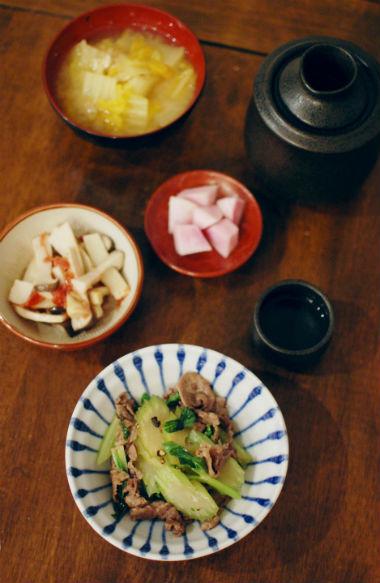 牛肉とセロリのしょうゆ炒め、エリンギの梅和え