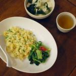ねぎと卵のシンプルなチャーハン献立。
