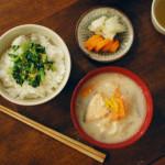 休肝日ごはん 塩鮭の粕汁、菜飯献立。