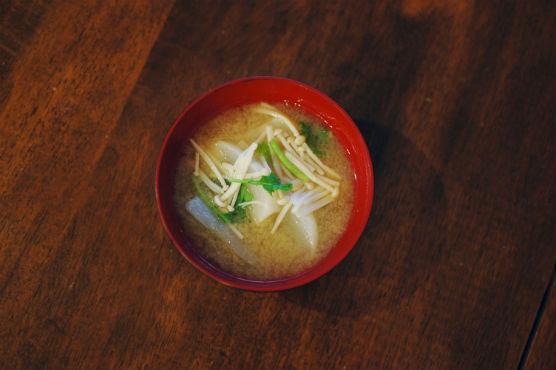 かぶとえのきの味噌汁