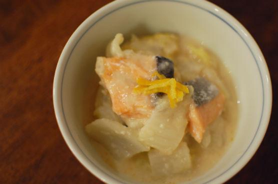 塩鮭と白菜の酒粕煮