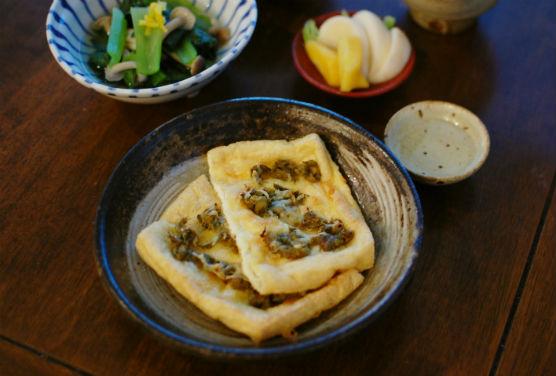 油揚げの蕗味噌チーズ焼き
