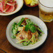 豚焼肉の三つ葉和え、紅芯大根の蕗味噌ドレッシングサラダ献立。