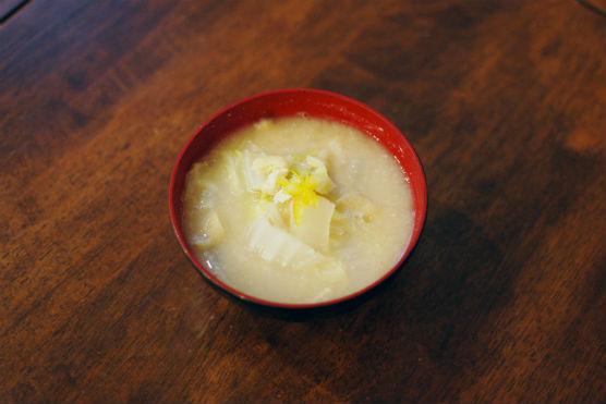 白菜の酒粕味噌汁