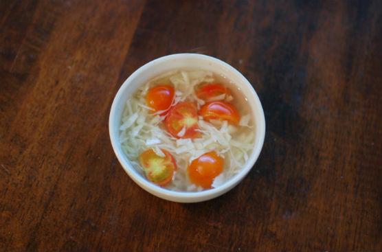 塩もみキャベツとトマトのスープ