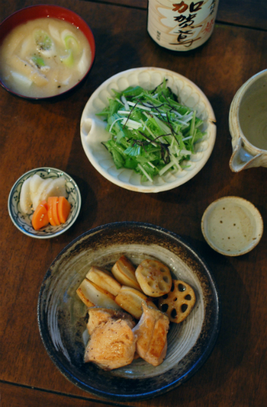 秋鮭とれんこんの黒酢照り焼き献立
