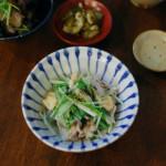 豚肉と水菜のはりはり煮、たたきれんこんの酒粕味噌汁献立。