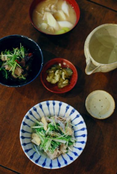 豚肉と水菜のはりはり煮、たたきれんこんの酒粕味噌汁献立