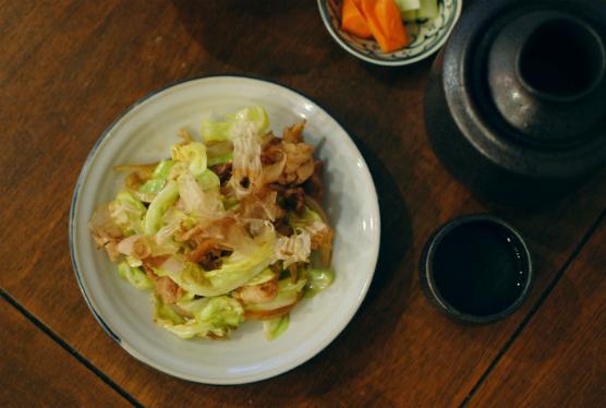豚肉とキャベツのソース炒め