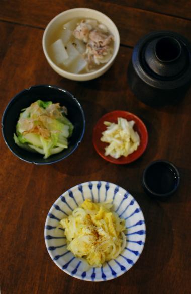 玉ねぎの卵炒め、塩豚と大根のスープ献立