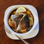 にじますハーブ焼き、小松菜としめじのスープで白ワイン。