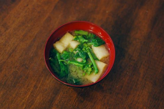 菜の花の味噌汁