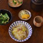 かぶの酒粕味噌汁、白菜とツナの煮もの