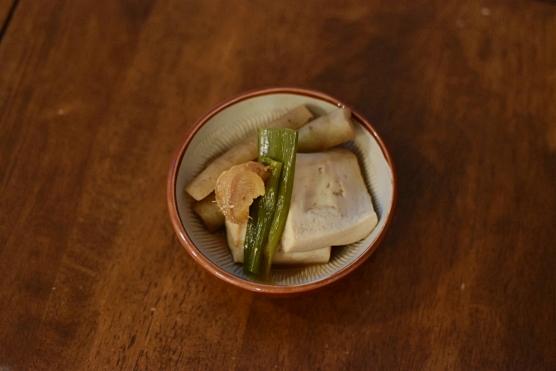 豆腐とごぼうの煮もの