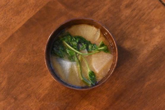 大根とあさがお菜の味噌汁