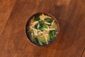 あさがお菜とえのきの味噌汁
