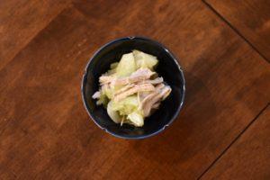 蒸し鶏とキャベツの柚子胡椒和え